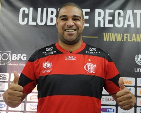 Futbolistas gordos. Adriano Leite en su presentación como jugador del Flamengo
