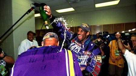 Segundo anillo de Kobe Bryant (2001) vs Sixers