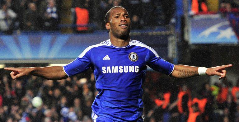 Didier Drogba con la camiseta del Chelsea.