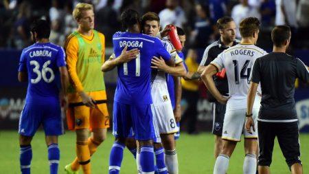Dos leyendas, Drogba y Gerrard, en un partido de la MLS