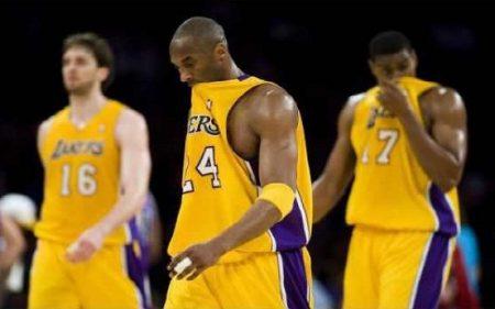 Kobe Bryant derrotado en la eliminatoria ante los Thunder (2012)