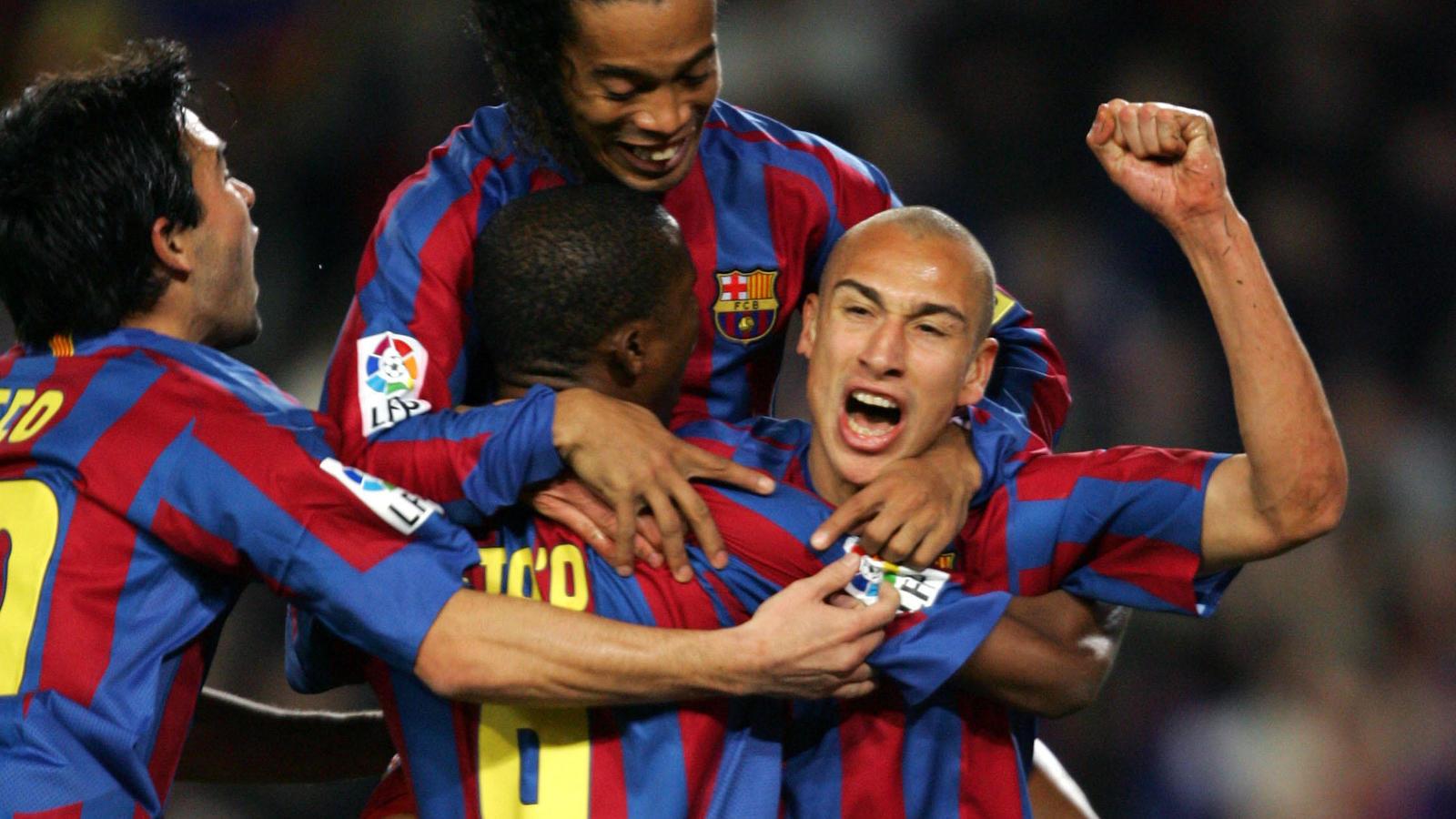 Larsson celebra un gol en el F.C Barcelona. Vía: elconfidencial.com