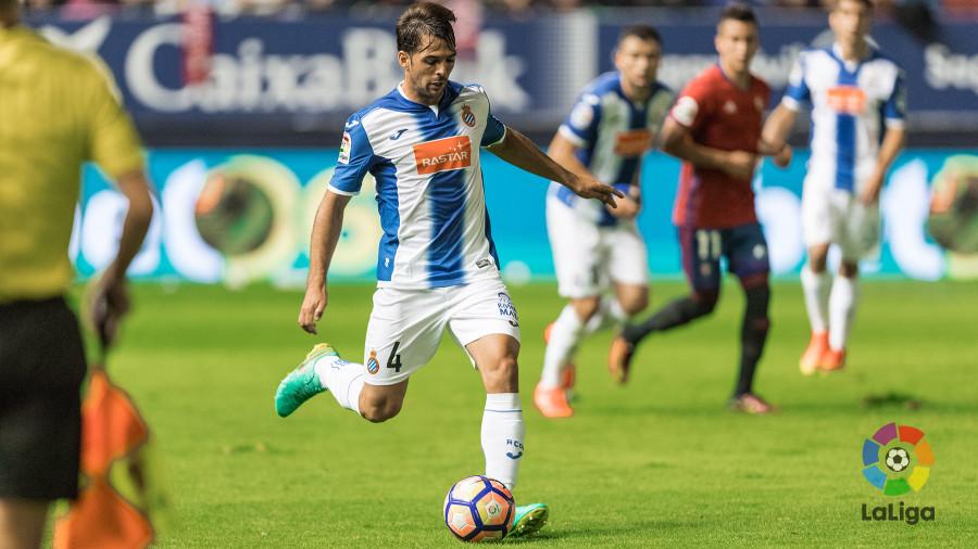 Víctor Sánchez (Espanyol) es un claro ejemplo de polivalencia en el fútbol.