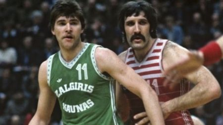 Arvydas Sabonis, objeto de deseo NBA, antes de su lesión.