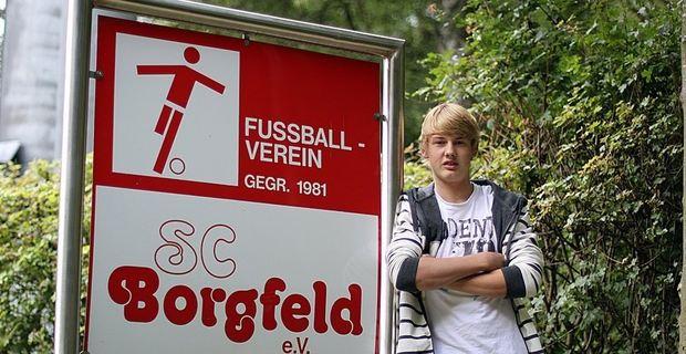 Julian Brandt recordando sus raíces en el Borgfeld.