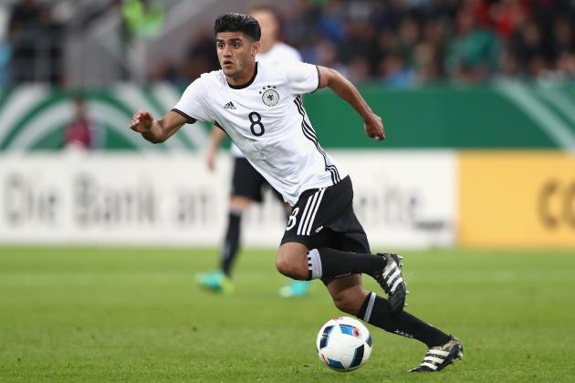 Mahmoud Dahoud con la camiseta de Alemania sub-21.