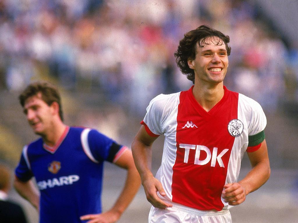 Marco Van Basten con la camiseta del Ajax.