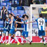 Marc Navarro celebra un gol el día de su debut con el Espanyol.