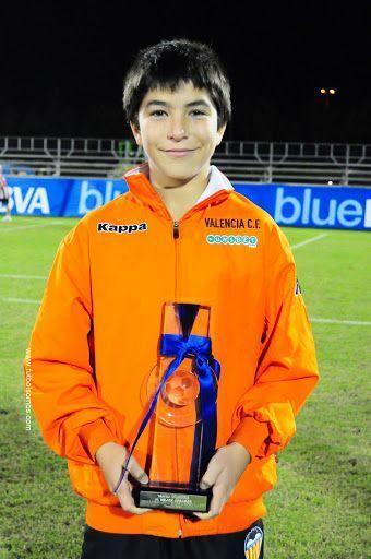 Carlos Soler ya desde pequeño despuntaba en la cantera valencianista.