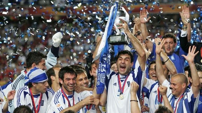 Grecia gana la Eurocopa 2004 ante Portugal, en Lisboa ante un joven Cristiano Ronaldo