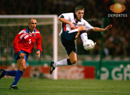 Michael Owen en su debut con Inglaterra ante Chile (febrero del 98)