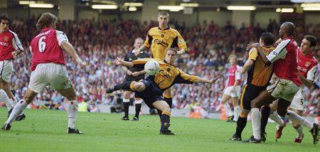 La final de la FA Cup de 2001 ante el Arsenal es una de las más recordadas de los últimos años, en buena medida gracias a los dos goles en los últimos minutos de Michael Owen que le dieron el título a su equipo