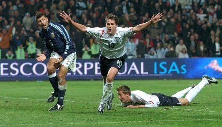 Inglaterra es eliminada en Octavos por Argentina, pero Michael Owen marca y alcanza una fama mundial