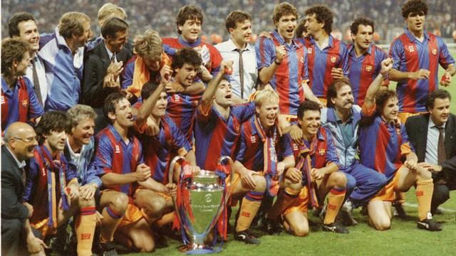 El FC Barcelona celebra la Copa de Europa de 1992 en el césped de Wembley. Sport-vintage.com