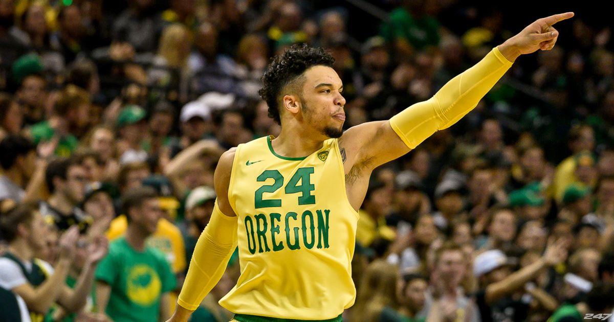 Cómo juega Dillon Brooks.: con la camiseta de Oregon