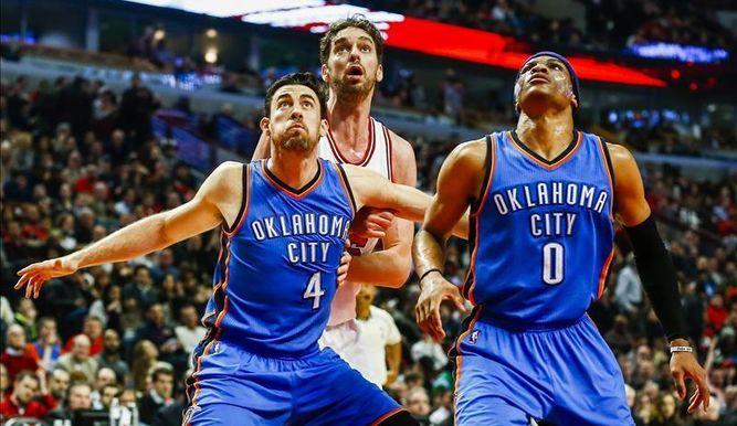 Nick Collison y Westbrook compartiran su último año, en pista, juntos. twitter.com
