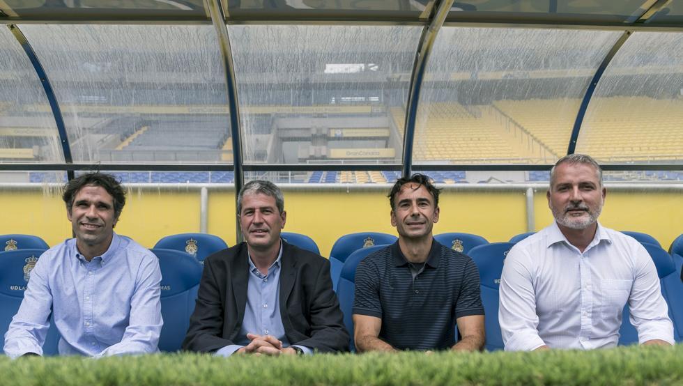 Las Palmas con Manolo Márquez, acompañado de sus ayudantes.