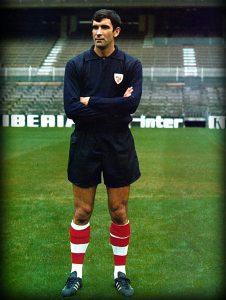 """Porteros vascos. """"El Chopo"""" Iribar, un mito en la portería del Athletic y de la selección. refoworld.blogspot.com"""