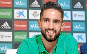El internacional argelino ya ha sido presentado como jugador verdiblanco.