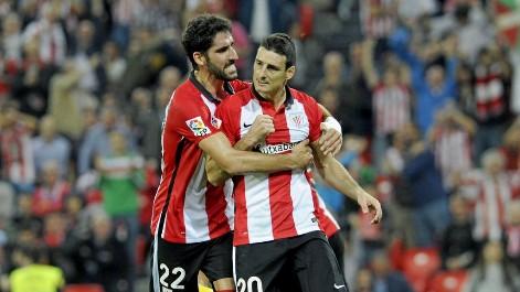 Raúl García y Aritz Aduriz en el Athletic de Bilbao