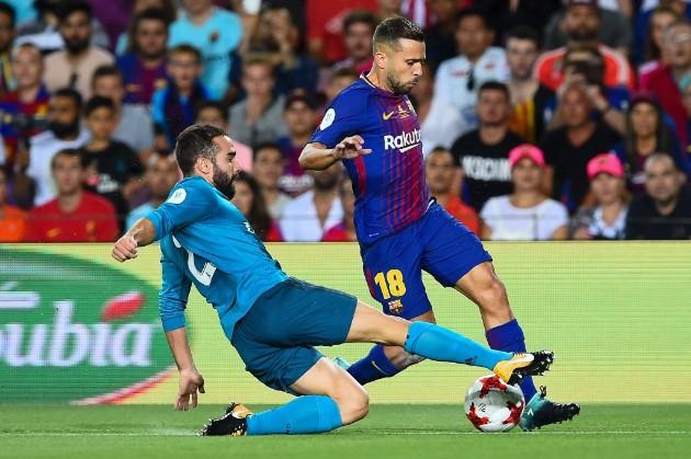Análisis táctico Barcelona vs Real Madrid Supercopa. Jordi Alba y Carvajal mantuvieron una bonita disputa.