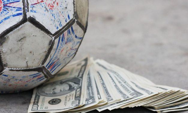 ¿Por qué se pagan precios absurdos por futbolistas?