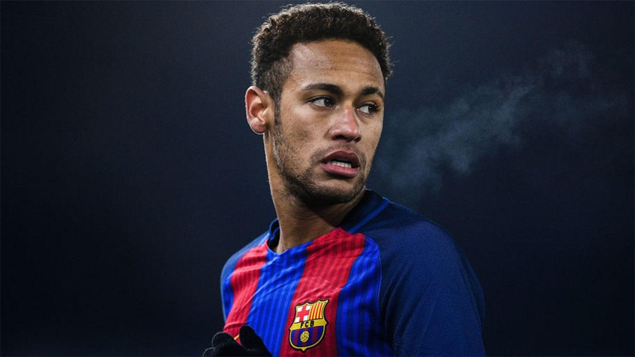 Neymar deja el FC Barcelona y se va al PSG por más dinero