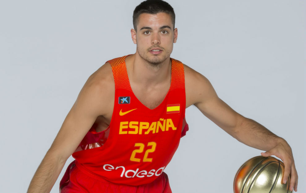Abalde intentará crecer en el Valencia Basket 2017 18 a la sombra de San Emeterio y Romain Sato.