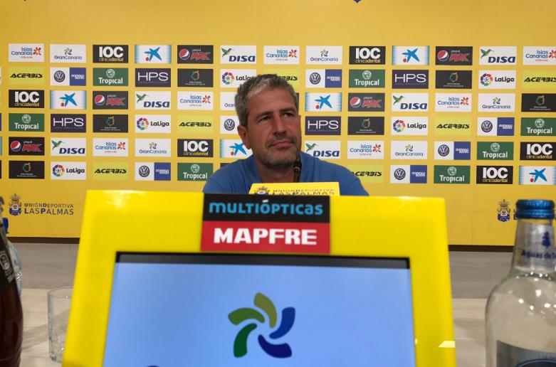 Manolo Márquez dimitiendo como entrenador de la UD. https://twitter.com/UDLP_Oficial