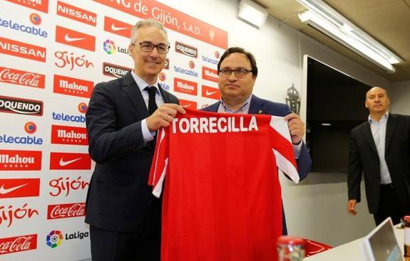 Altas y bajas del Sporting. Miguel Torrecilla en su presentación como director deportivo.