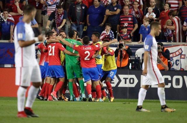 Clasificación CONCACAF Rusia 2018. Costa Rica festeja la victoria ante Estados Unidos