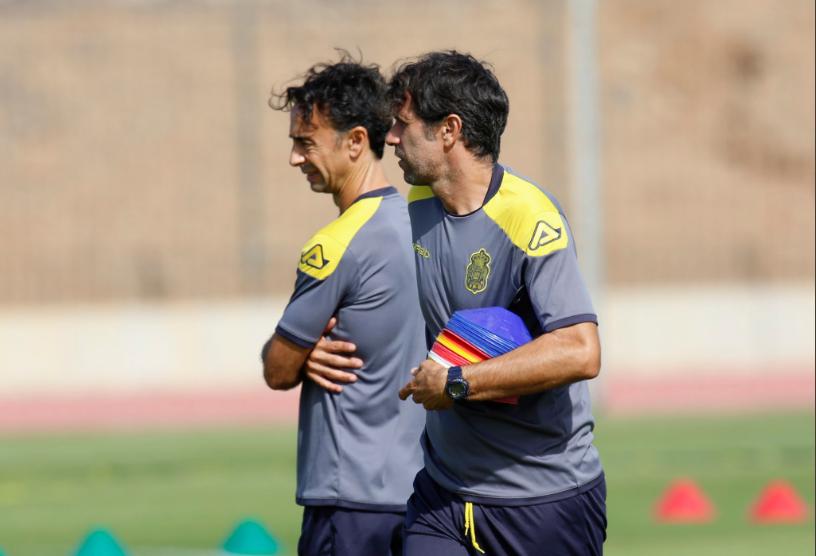 Valerón y Ortiz entrenando a Las Palmas.https://twitter.com/UDLP_Oficial