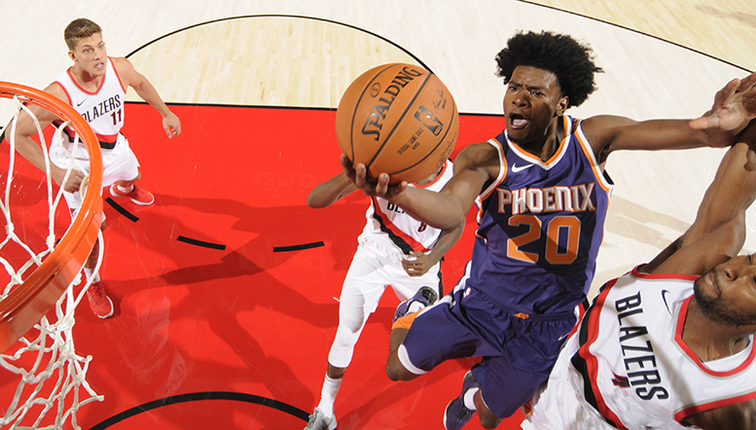 Phoenix Suns. Josh Jackso, rookie de Phoenix Suns, contra Portland Trail Blazers.