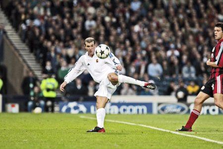 El mejor gol de las finales de la Champions League.