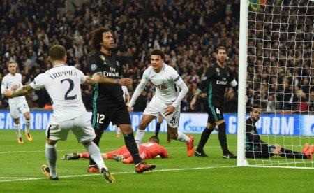 La zona defensiva de Marcelo es uno de los problemas tácticos del Real Madrid.