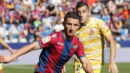 Bardhi representa la nueva hornada de futbolistas balcánicos.