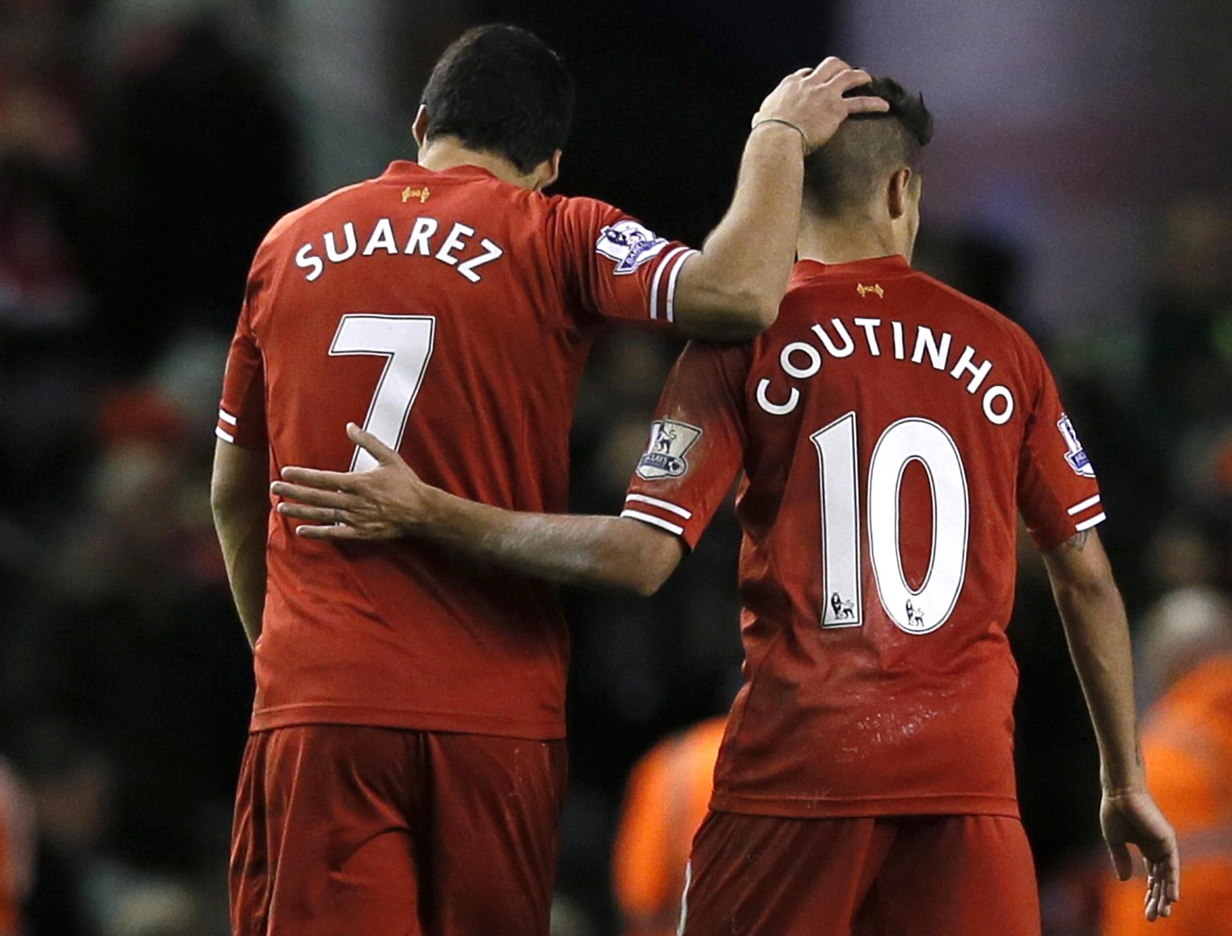 Suárez y Coutinho, ex-compañeros en el Liverpool. Squawka.com