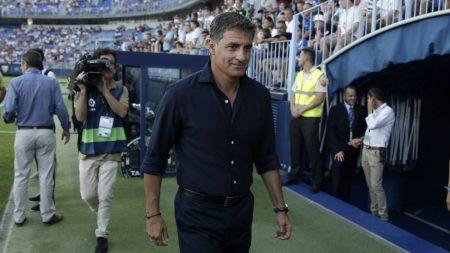 Míchel trata de colocar al Málaga fuera de las posiciones de descenso.