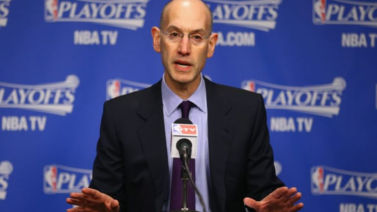 Adam Silver no está aplicando la ley anti-tampering en la NBA