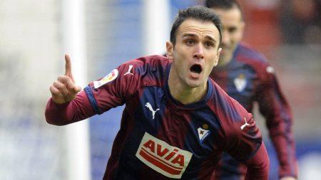 Kike García celebra el 1-0 ante el Sevilla.