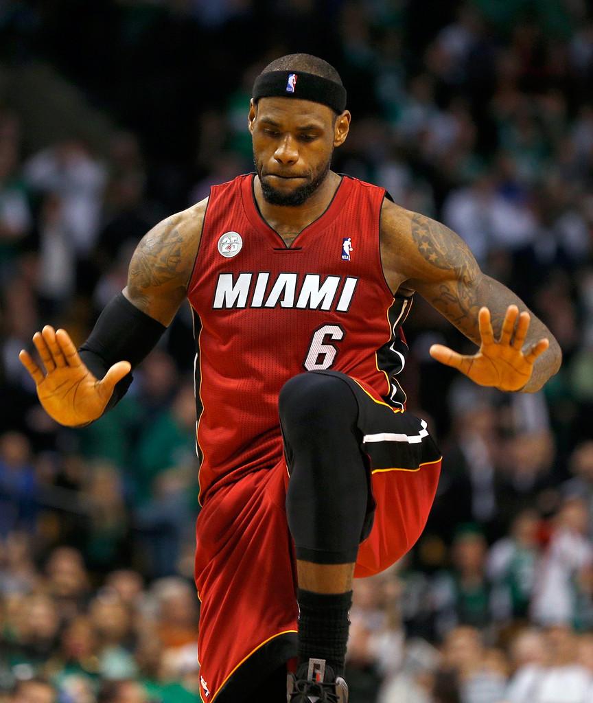 El primer momento en que se pasó al negocio de la NBA: la marcha de LeBron a Miami.