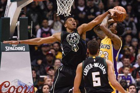 Giannis dominando hace soñar a los Bucks con Playoffs Conferencia Este.