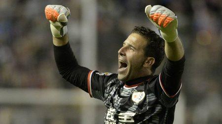 Toño despide su carrera en el Rayo Vallecano.