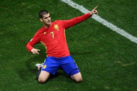 Morata celebra un gol con la Selección Española.