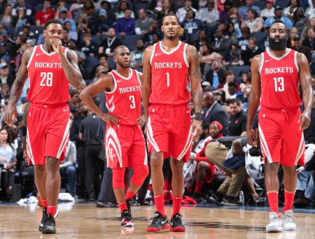 Houston Rockets, nuevo récord de triples anotados por un equipo.