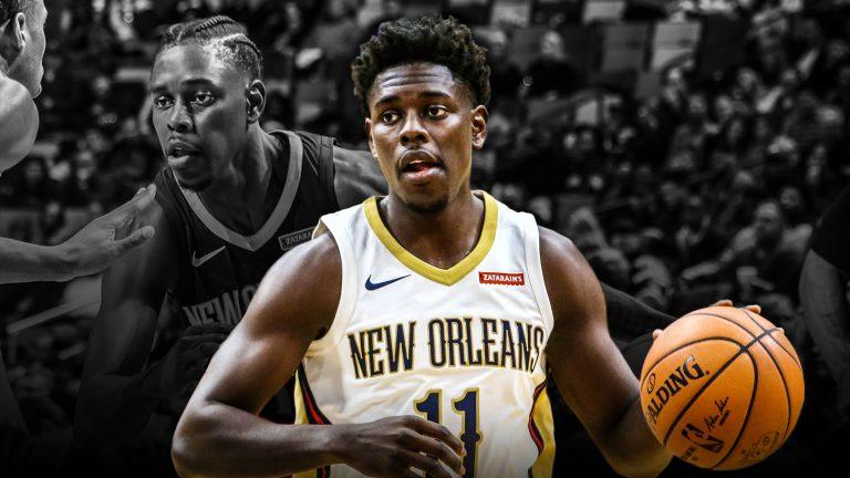 Jrue Holiday con los New Orleans Pelicans. Clutchpoints.com