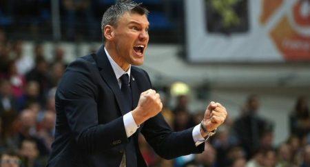 Sarunas sigue siendo igual de expresivo en el banquillo que en la cancha - euroleague.com