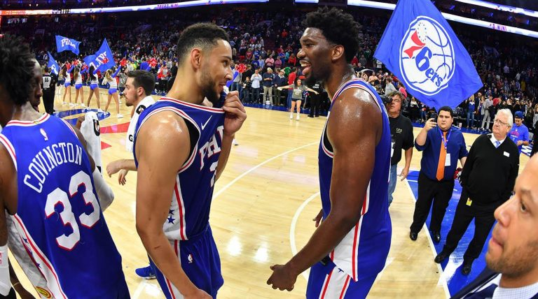 Embiid y Simmons