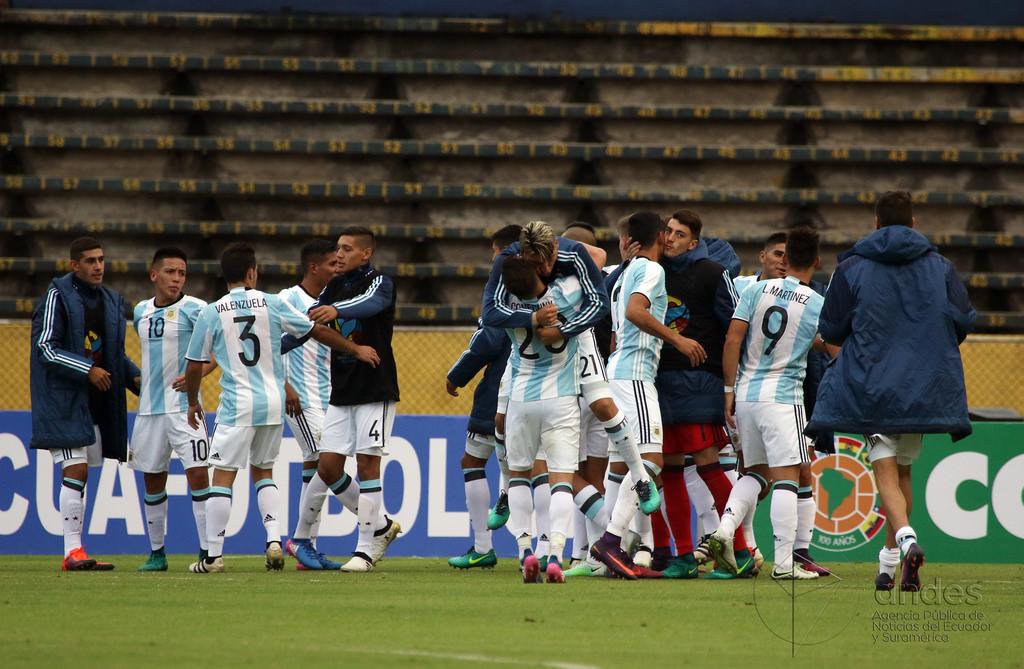 jugadores jóvenes Selección Argentina