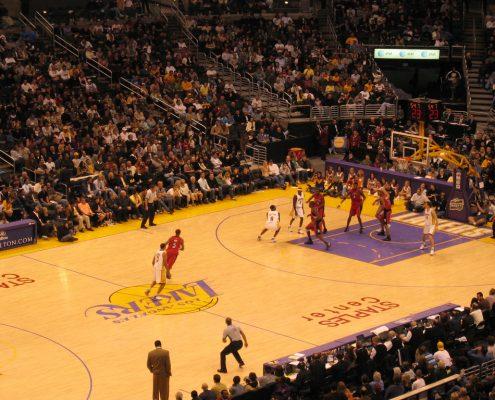 81 puntos de Kobe Bryant contra Toronto